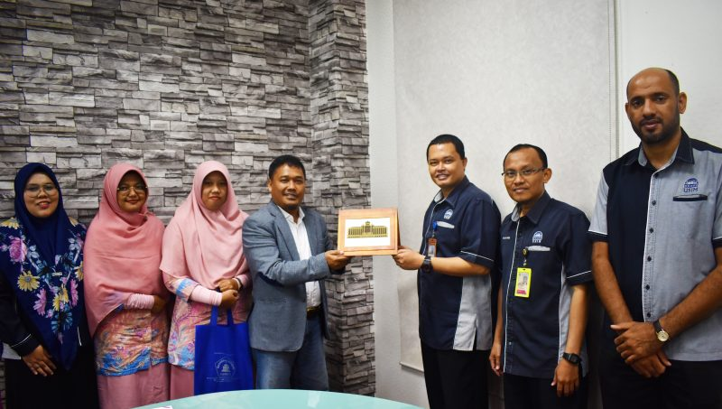 Usim Alamiyyah welcomes Mr. Surya Darma, the Director and delegation from Madrasah Istiqlal Jakarta, Yayasan Istiqlal Indonesia for the official working visit & LoI signing with USIM